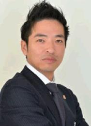 弁護士・薬剤師 赤羽根 秀宜氏